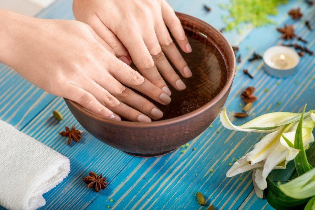 Nail salon 93101 | Nu Image Nails & Day Spa: Manicure